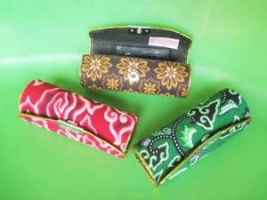 souvenir dompet lipstik