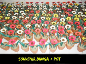 souvenir pernikahan bunga pot kering