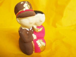 souvenir polisi boneka