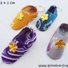 Souvenir Gantungan Kunci Sandal